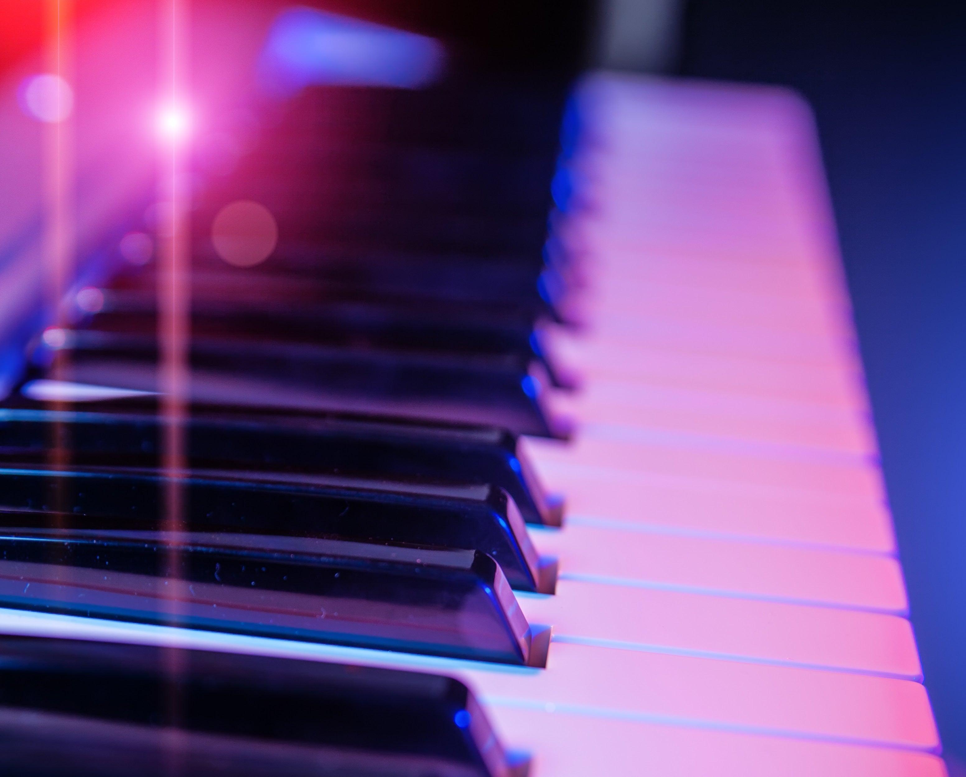MW1 - Beethoven - 745x600.jpg