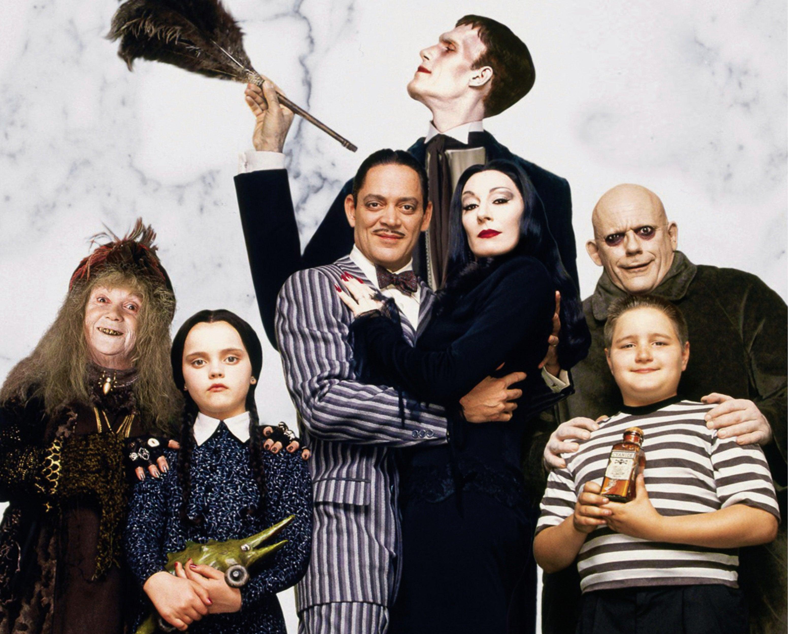 POPS1 - Addams Family - 745x600.jpg